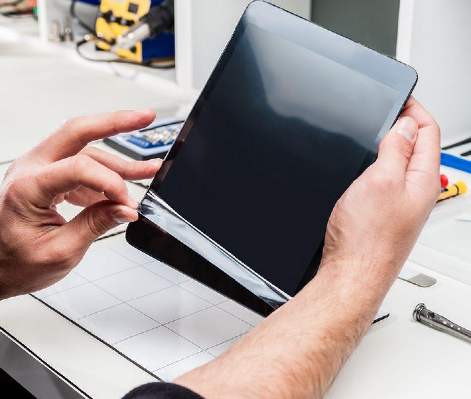 Замена экранов iPhone и  iPad